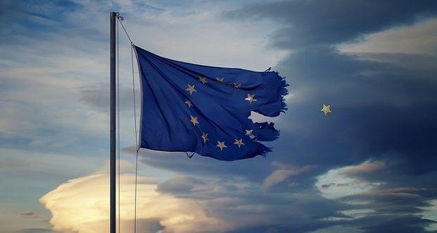 Torn European Union flag. (Image: Theophilos Papadopoulos via Flickr)
